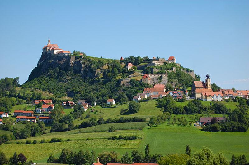 Kết quả hình ảnh cho Riegersburg Castle