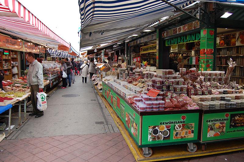 Wiener Naschmarkt – Vienna's largest market | Travel to Austria