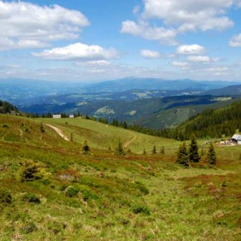 The view into Carinthia from just above the Grilitschhütte